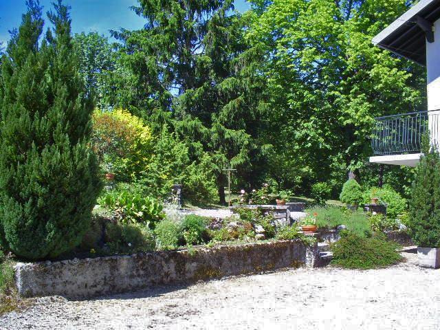 gite-grande-capacite-jura-regions-des-lacs-bonlieu-2