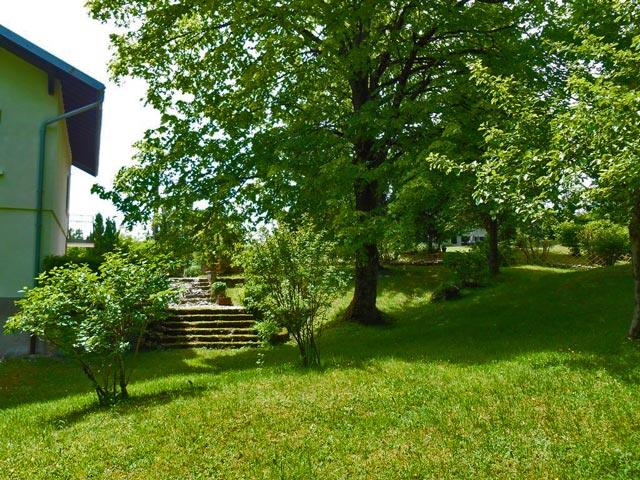 gite-grande-capacite-jura-regions-des-lacs-bonlieu-4